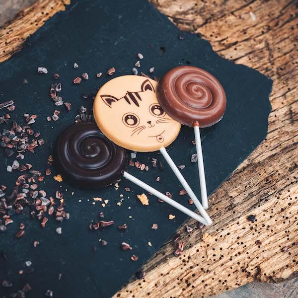 Anaïs Coupel sucette en chocolat