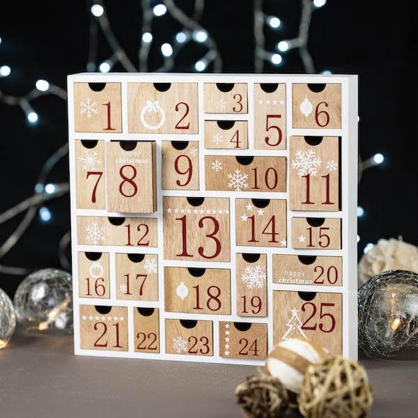 calendrier de l'avent carré bois
